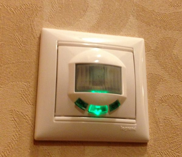 Датчики движения для включения света сделать