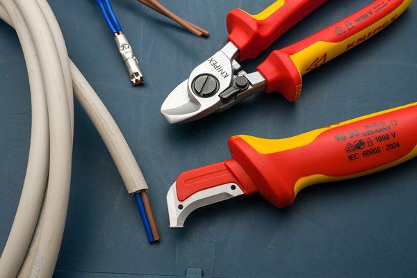 Инструмент нож электрика