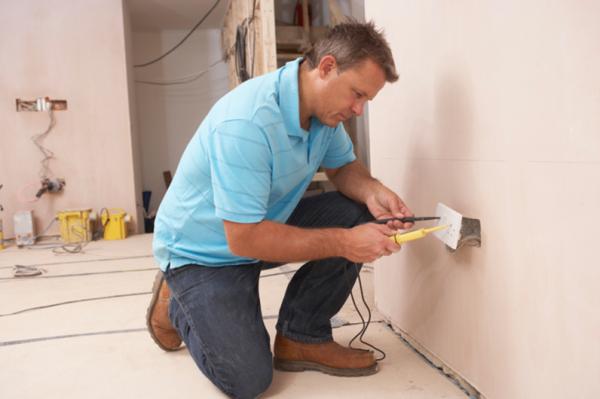 Поиск нуля при монтаже электропроводки в квартире