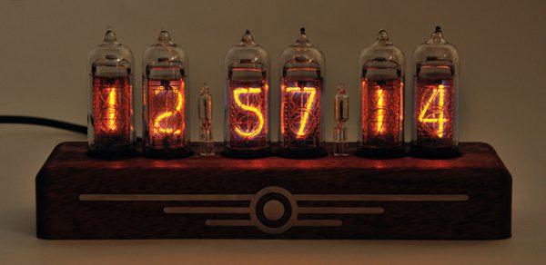 Схема часов на лампах ин 14