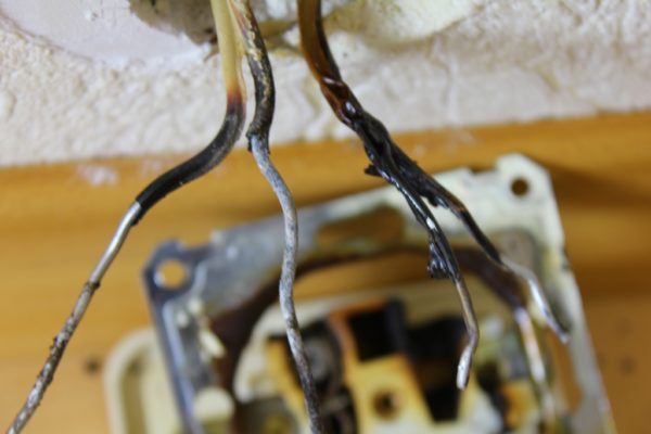 Демонтаж алюминиевых проводов