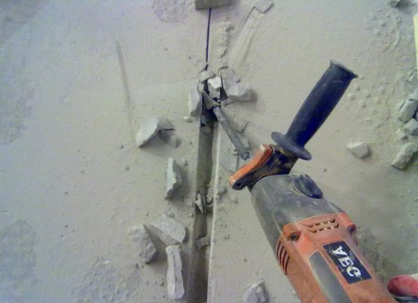 Подготовка штроб под проводку