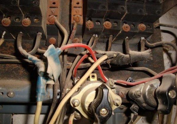 Проверка состояния электропроводки при неисправности розеток