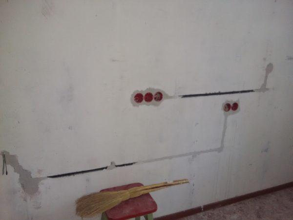 Прокладка кабеля для новых розеток