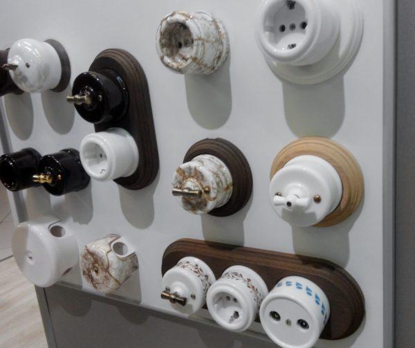 Разновидности винтажных розеток и выключателей