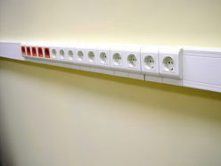 Блок розеток в кабель-канале
