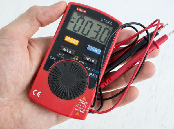 Компактный мультметр для проверки электросети