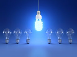 Лампа мигает при выключенном свете