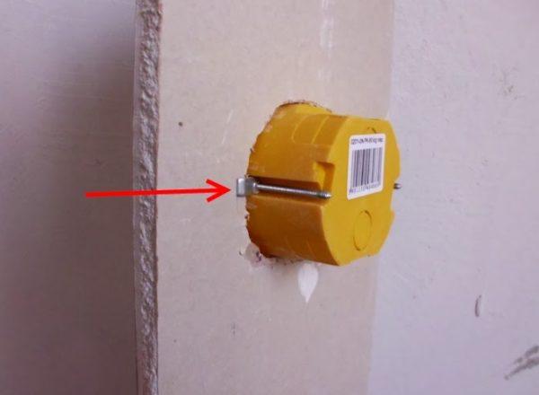 Установка подрозетника в стену из гипсокартона