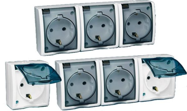 Электророзетки для установки во влажных помещениях