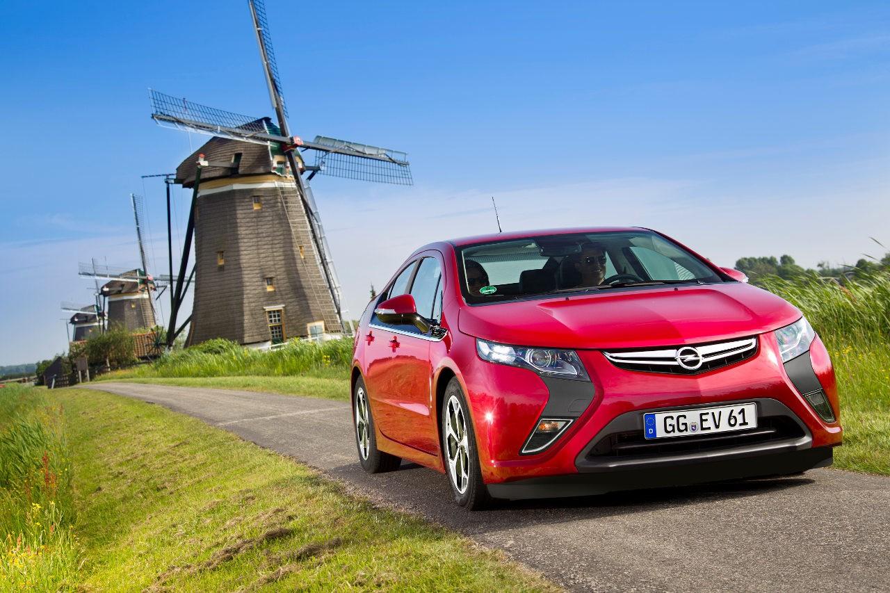 электрокар Opel