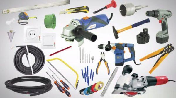 Инструменты для переноса розеток и выключателей