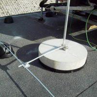 Установка молниезащиты на плоской крыше