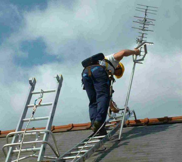 Монтажные работы по установке антенны