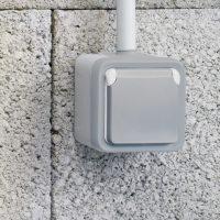 Размещение выключателя на улице