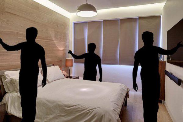 Проходные выключатели позволяют управлять освещением из различных мест