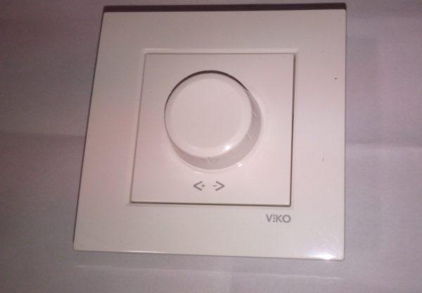 Выключатель с регулировкой мощности 600W