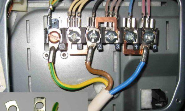 Подсоединение к заземляющему проводнику в электрощите