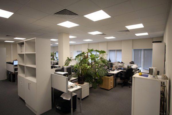 Офисные потолочные светильники