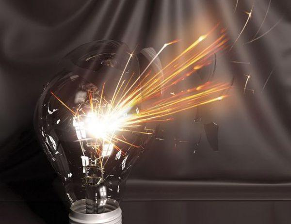 Перегорание лампы из-за скачков напряжения