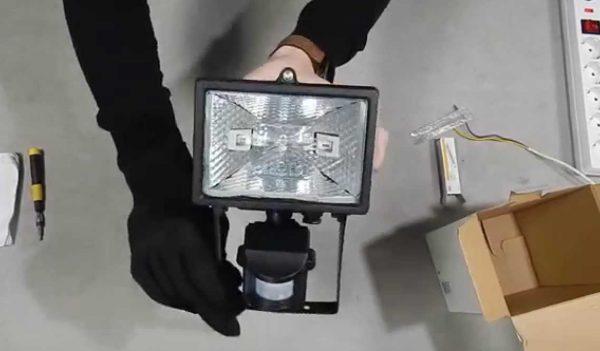 Подключение галогенного прожектора