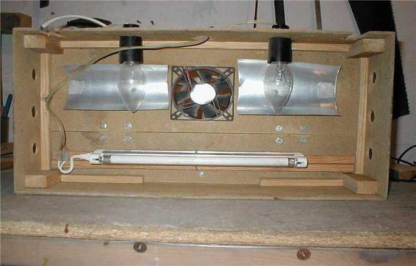 Самодельный светильник для подсветки аквариума