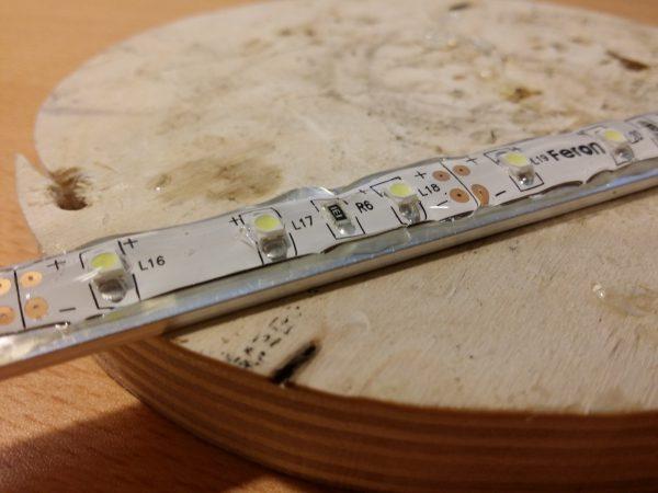 LED-лента в герметичной трубке