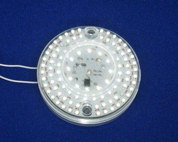 Светильники с сенсором движения стали вполне доступны в последнее время