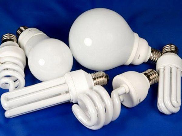 Лампы дневного света для бытовых осветительных приборов