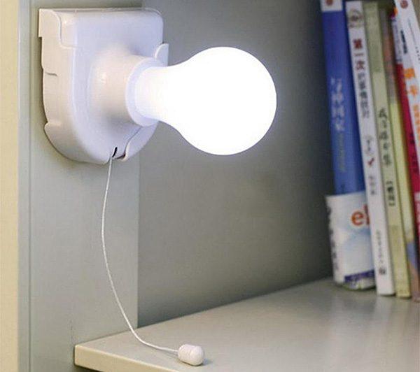 Светильники на батарейках отличаются простотой установки