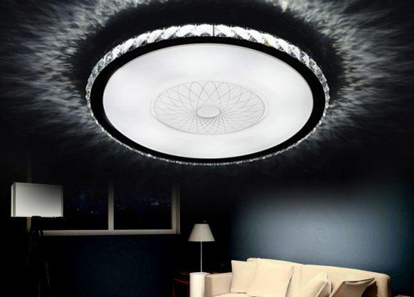 Светодиодный потолочный светильник с пультом ДУ