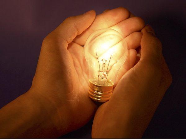 Световой поток ламп накаливания не утомляет глаза