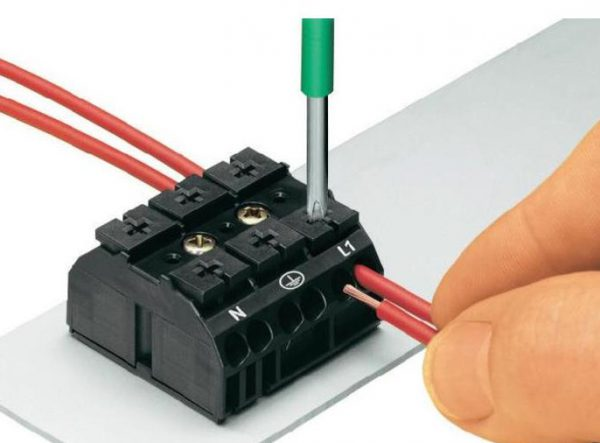 Клеммники для монтажа электропроводки