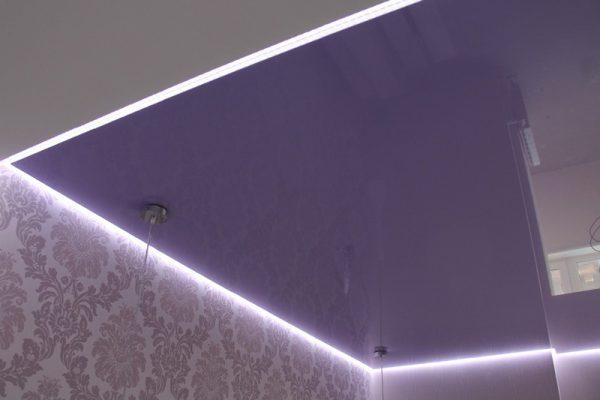 Подсветка потолка LED-лентой