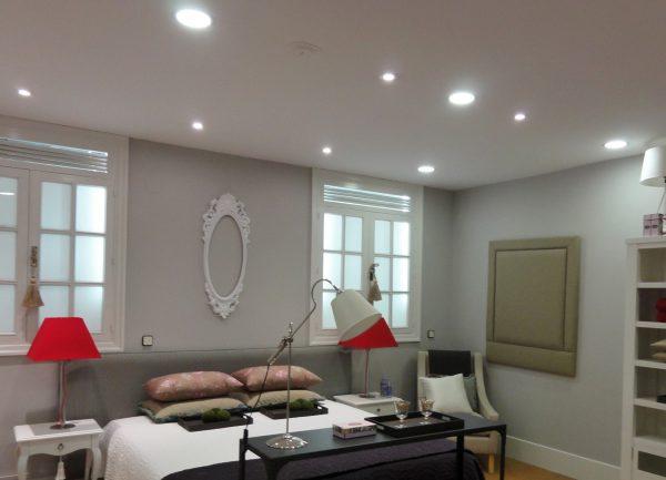 LED-светильники в подвесном потолке