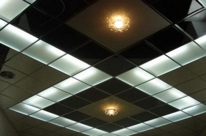 Освещение потолка Армстронг