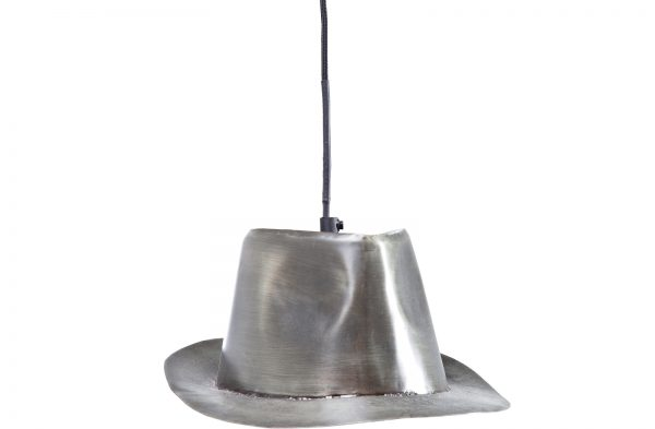 Винтажный светильник из старой шляпы