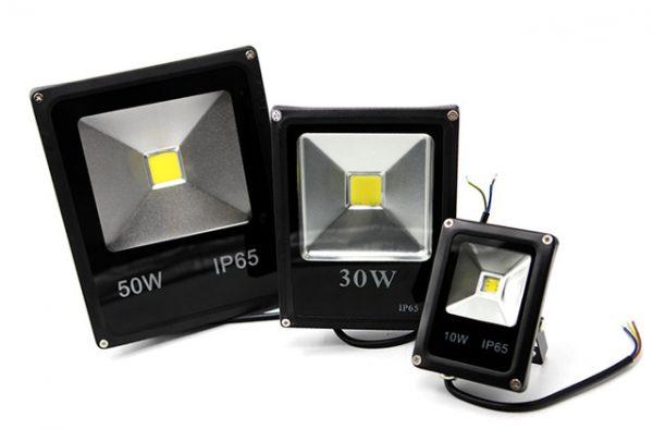 Влагозащищенные светодиодные прожекторы