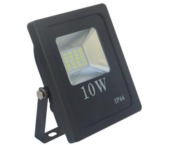 Напольный светодиодный прожектор со степенью защиты IP66