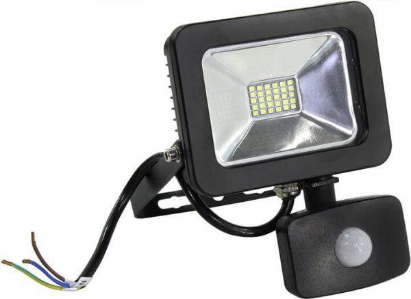 Мигание светодиодного прожектора из-за неисправного датчика движения