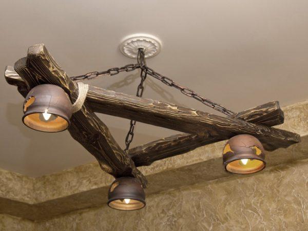 Самодельная деревянная люстра