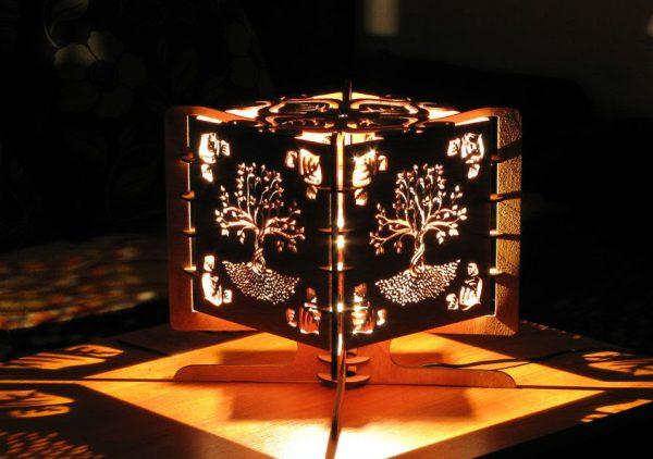 Светодиодный ночник из фанеры