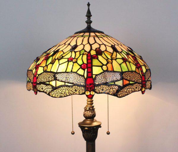 Торшер с абажуром из цветного стекла