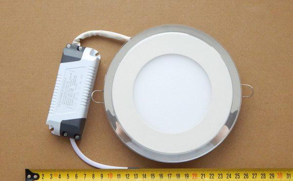 Встраиваемый светодиодный светильник с драйвером