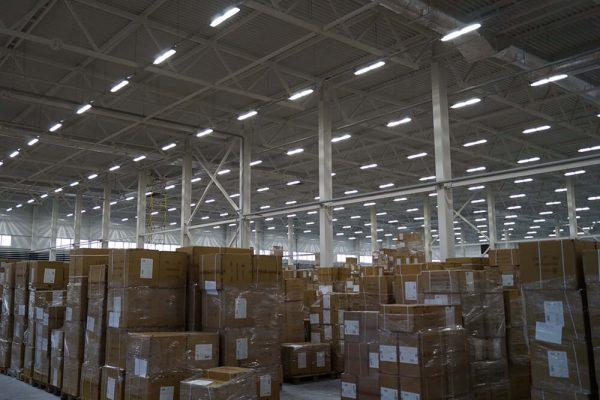 Светильники промышленного типа должны обеспечивать высокий уровень безопасного для глаз света