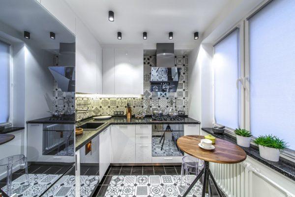 Накладные точечные светильники на кухне