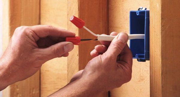 Соединение проводов при монтаже электропроводки