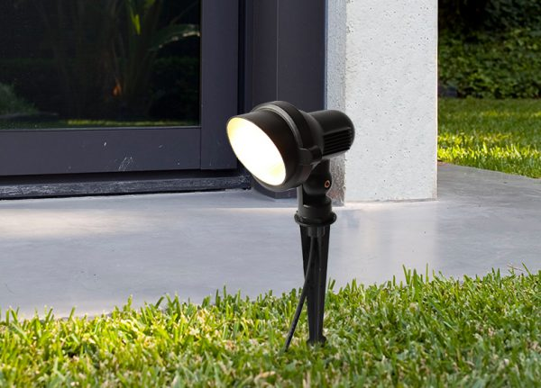Ландшафтный светодиодный прожектор