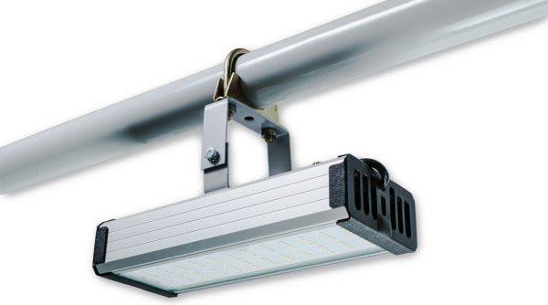 Модульный LED-светильник для склада