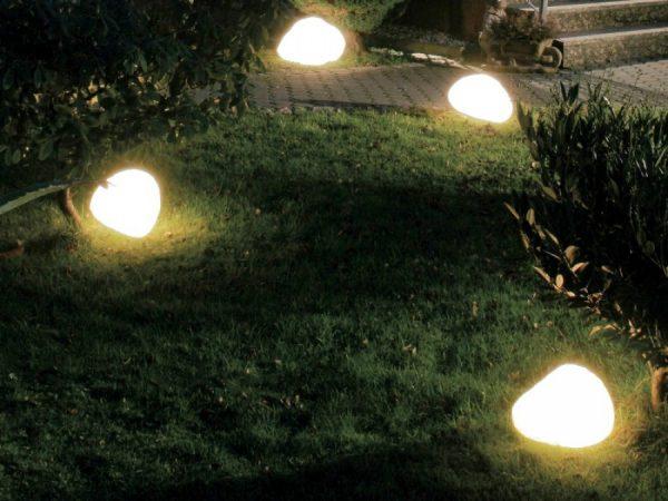 Светящиеся камни в ландшафтном дизайне